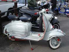 lambretta scooter | by chopperwazza Vespa Ape, Lambretta Scooter, Vespa Scooters, Mod Scooter, Electric Scooter, 3d Printed Jewelry, Four Wheelers, Motor Scooters, Cool Bikes