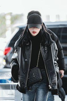 Korean Airport Fashion, Korean Girl Fashion, Moda Kpop, Cute Comfy Outfits, Character Outfits, Airport Style, Korean Outfits, Pop Fashion, Types Of Fashion Styles