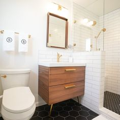Small Bathroom Tiles, Upstairs Bathrooms, Bathroom Flooring, Patterned Tile Bathroom Floor, Tiled Walls In Bathroom, Modern Small Bathroom Design, Bathroom Remodel Small, Master Bathroom, Scandinavian Bathroom Design Ideas