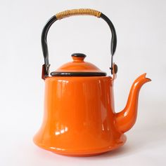 SALE Vintage Enamel Orange Teapot Retro Kettle with Wrapped Handle - pinned by pin4etsy.com