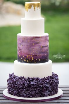Gold Wedding Cakes Ombre Watercolor Gold and Gold foil Ruffles and PURPLE By: Miss Sarah's Cakery - Quinceanera in Purple, Gold and White Purple And Gold Wedding, Purple Wedding Cakes, Wedding Colors, Trendy Wedding, Our Wedding, Dream Wedding, Wedding Ideas, Lace Wedding, Wedding Suits