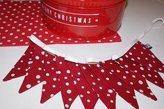 More Christmas bunting! Christmas Bunting, Christmas Crafts, Christmas Decorations, Christmas Ideas, Bunting Garland, Bunting Ideas, Buntings, All Things Christmas, Winter Christmas