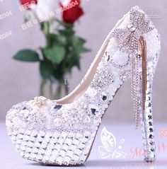 Buy cheap 2013 European and American luxury bow diamond pearl crystal tassel high heel wedding shoes Item: ZZ014 with $177.67-189.75/Piece|DHgate
