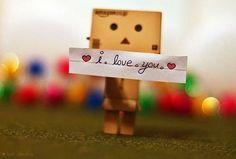 I love you sagt man so einfach, aber wenn man in die Augen schaut von dem der es dir sagt sieht man ob es nur ein Satz ist oder die wahre Wahrheit