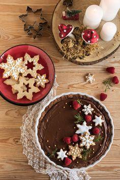 Xmas Food, Christmas Sweets, Christmas Cookies, Gourmet Recipes, Sweet Recipes, Dessert Recipes, Crostata Recipe, Food Decoration, Homemade Cakes