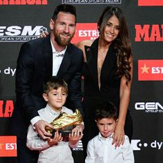 Golden Shoe number for 🥇 34 goals 50 goals 46 goals 37 goals 34 goals 36 goals The first player ever to win SIX! Ancient Rome, Ancient Greece, God Of Football, Football Soccer, Lionel Messi Family, Antonella Roccuzzo, Bt Sport, Short Curly Styles, Neymar