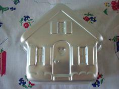 Vintage Wilton Aluminum Cake Pan House Cottage 1980s