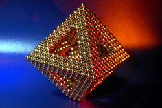 I want to learn how to make this with my bucky balls :)