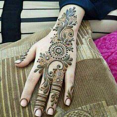 61 Easy, Simple and Traditional Henna Arabic Mehndi Designs - Sensod - Create. Mehndi Desing, Modern Mehndi Designs, Bridal Henna Designs, Mehndi Design Pictures, Beautiful Henna Designs, Beautiful Mehndi, Arabic Mehndi Designs, Mehndi Designs For Hands, Mehndi Images