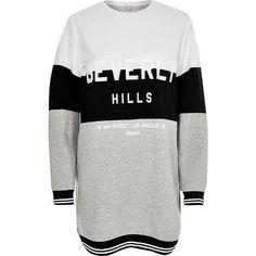 River Island Black print oversized sweatshirt ($56) ❤ liked on Polyvore featuring tops, hoodies, sweatshirts, black, hoodies / sweatshirts, t shirts / tanks, women, patterned tops, crew-neck sweatshirts and long sleeve sweatshirt