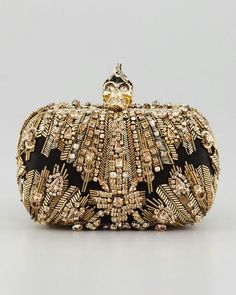 Alexander McQueen Crystal Embroidered Punk Skull Clutch Bag Gold Alexander McQueen - leather satchel handbags for women, stylish handbags, handbags brands for women Alexander Mcqueen Clutch, Luxury Handbags, Fashion Handbags, Fashion Bags, Beaded Purses, Beaded Bags, Vintage Purses, Vintage Bag, Punk Fashion