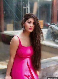 Indian actress hottest n beautiful models stills Cute Girl Face, Photography Poses Women, Photography Ideas, Girl Photo Poses, Cute Beauty, Girls Dpz, Indian Models, Indian Celebrities, Beautiful Indian Actress