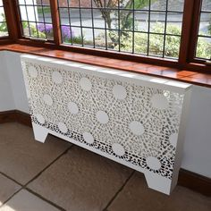 Radiator covers – decorative screen panels for the modern home - Decoration ideas Best Radiators, Home Radiators, Modern Radiators, Wall Heater Cover, Heater Covers, Modern Radiator Cover, Radiator Screen, Decorative Screen Panels, Laser Cut Panels