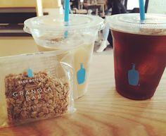 My favorite  #bluebottle #coffee #favorite #California #블루바틀 #커피 #짱 #아쉬운데로뉴욕가면항상 #기승전블루바틀 #목요일 by helenshkim