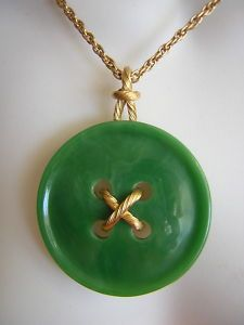 Vintage Trifari Button Pendant Necklace