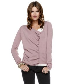 Love this cardigan. (mom, will you make it for me?!)