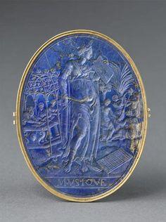 Medallion La Musique -  16th century. Lapis Lazuli. France. | Louvre Museum