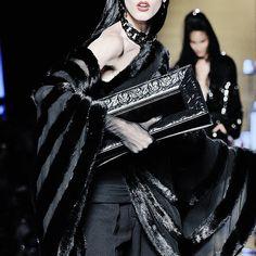 Jean Paul Gaultier Haute Couture | F/W '14-'15  THAT CLUTCH.