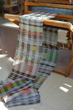 Black and white and bright. Ragweave, threaded in Rosepath. Made by Susan Johnson, Avalanche Looms
