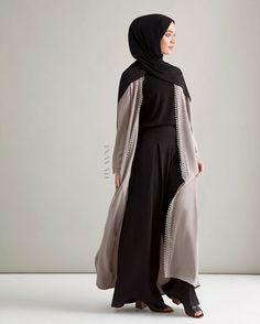 27 Ideas dress outfits winter day for 2019 Abaya Fashion, Modest Fashion, Trendy Fashion, Fashion Outfits, Beach Fashion, Fall Fashion, Hijab Dress, Hijab Outfit, Muslim Dress