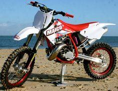 Image from http://motocrossactionmag.com/Uploads/Public/Images/AAA/MAside.jpg.