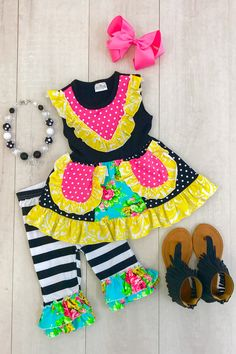 Girls Summer Outfits, Cute Outfits For Kids, Toddler Girl Outfits, Boy Outfits, Toddler Shoes, Cute Twins, Cute Baby Girl, Mom And Baby, Baby Boutique Clothing