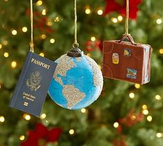 Travel Ornaments, Set of past world adventures and dream of new ones. The Travel Ornaments are like tiny souvenirs for the holiday tree. The traveler on your list will love one of these! Christmas Ornament Sets, Christmas Tree Themes, Christmas Settings, Outdoor Christmas Decorations, Holiday Tree, Holiday Decor, Travel Decorations, Twelve Days Of Christmas, Christmas Holidays