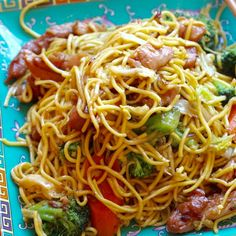 Serves: 4 Time: 35 m (25 m prep, 10 m cook) Ingredients: (Ingredients and measurements subject to availability) Noodles - 1 pound boneless, skinless, chicken breasts, cut into strips - 1 package dried