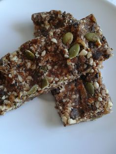Good for runners?  hmmmm Paleo Energy Bar Recipe