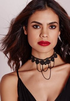 """Channel your inner Goth girl this season in this lace chain choker in black, perfect for making a statement.  Approx length 31cm/12"""""""
