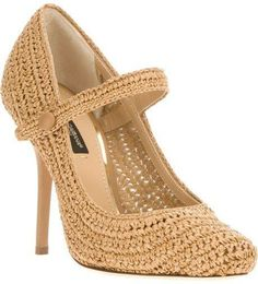 Dolce & Gabbana Pumps for Women Crochet Sandals, Crochet Shoes, Crochet Slippers, Knit Fashion, Fashion Shoes, Make Your Own Shoes, Shoe Boots, Shoes Sandals, Knit Shoes