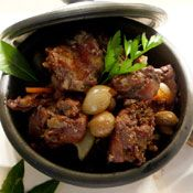 Portuguese Coelho a caçador. This typical regional gastronomy is wonderful! Must try  #portuguese #portugal