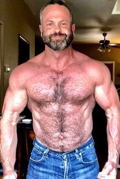 Handsome Older Men, Body Poses, Hairy Chest, Mature Men, Guy Pictures, Big Men, Hairy Men, Muscle Men, Physique