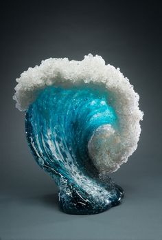 Husband and wife duo Paul DeSomma and Marsha Blaker create beautiful, ocean-inspired glass sculptures