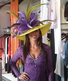 Official Hat Designers of the Kentucky Derby Festival Kentucky Derby Fashion, Kentucky Derby Outfit, Derby Outfits, Outfits With Hats, Chapeaux Pour Kentucky Derby, Funky Hats, Derby Day, Derby Time, Church Hats