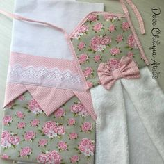 Kitchen Linens, Kitchen Towels, Sewing Projects, Projects To Try, Kitchen Themes, New Years Eve Party, Tea Towels, Apron, Daisy