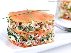 Salmon Recipes 59767 You will have the wind in your sails . thanks to the illustrated steps of our recipe for crab mille-feuille with smoked salmon. A mille-feuille from the seas! Crab Dip Recipes, Seafood Recipes, Appetizer Recipes, Smoked Salmon Salad, Smoked Salmon Recipes, Salmon Recipe Pan, Salmon Appetizer, Pan Seared Salmon, Smoking Recipes
