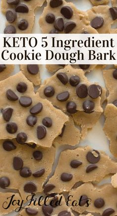 Chocolate Chip Cookie Dough Bark Low Carb Sugar Free THM Chocolate Chip Cookie Dough Bark Keto Low Carb SugarFree GrainFree GlutenFree THM S Less than 1 net carb per se. Low Carb Sweets, Low Carb Desserts, Low Carb Recipes, Dessert Recipes, Recipes Dinner, Breakfast Recipes, Diabetic Desserts, Breakfast Bars, Detox Recipes