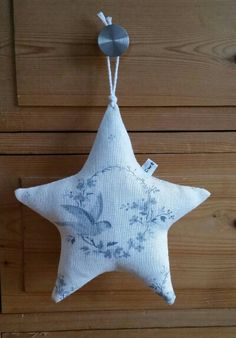 Peony and Sage Birdsong Organic Lavender Star. Hand sewn by Cwtches Crafts.