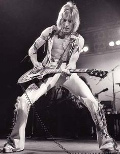 Mick Ronson 1975