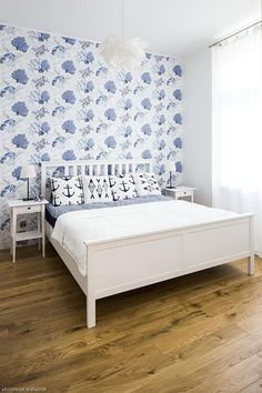 Awesome Accent Wall Ideas For Your chic home, bedroom, small living room, color combinations, paint pattern Accent Walls In Living Room, Accent Wall Bedroom, Master Bedroom, Bedroom Small, Small Living, Living Spaces, Modern Wall Decor, Home Renovation, The Help