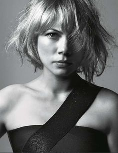 Michelle Williams by Mark Abrahams Great hair doo! My Hairstyle, Cool Hairstyles, Coiffure Hair, Pelo Bob, Mi Long, Great Hair, Hair Day, Girl Crushes, Divas