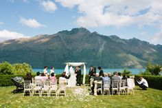 The lawn area at Matakauri Lodge, Queenstown. Photograph by www.alpineimages.co.nz