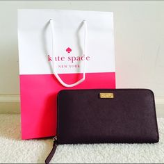 ✨Brand new! Kate Spade Neda Mulled Wine Burgundy Super rich, deep burgundy wallet for the classy Kate Spade lover. So many pockets and compartments perfect for the working lady! Comes with paper bag! Great as gift :) Saffiano leather kate spade Bags Wallets