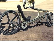 Click this image to show the full-size version. Trike Scooter, Tricycle Bike, Recumbent Bicycle, Motorized Bicycle, Cool Bicycles, Cool Bikes, E Mountain Bike, E Biker, Concept Motorcycles
