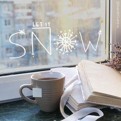 Let it snow for a winter look, fine .- Lass es schneien fr einen Winterblick, fei Let it snow for a winter look, y - Noel Christmas, Christmas Crafts, Christmas Decorations, Xmas, Winter Girl, Winter House, Window Art, Let It Snow, Winter Looks