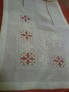 Antep isi Drawn Thread, Embroidery Techniques, Amtico, Doilies, Hand Embroidery, Stitch Patterns, Needlework, Elsa, Weaving
