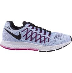 Updated to give you an even better running experience, the Nike® Zoom Pegasus 32 running shoe still provides the speed you need. By removing the midfoot overlays from the previous model, the Pegasus 32 now delivers a more precise fit. One-piece engineered mesh and Flywire cables enhance breathability and add lockdown support. A flexible rubber outsole allows you to maintain grip, while the Zoom Air unit in the heel adds responsive cushioning.