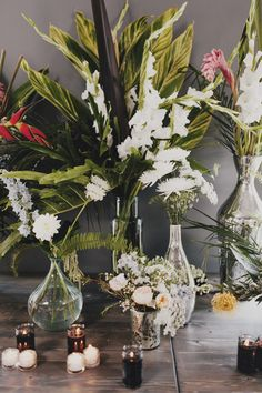 Nicoletta Apahidean from Bella Bloom in OC did such an awesome job taking the directions I gave her and making them happen <3  Floral Concepts & Creative Direction/Event Designed by Chantelle Torj Floral Arrangements by @nicoletaa  // Logan Cole Photography