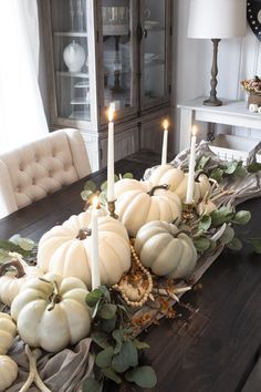 A Fall Centerpiece You Can Use Year After Year! Reading Time: 3 minutes Short on time or money this fall? Here's how to make a fall centerpiece you can use year after year. Thanksgiving Table Settings, Thanksgiving Decorations, Seasonal Decor, Table Decorations, Fall Home Decor, Autumn Home, Pumpkin Centerpieces, Creation Deco, Autumn Decorating